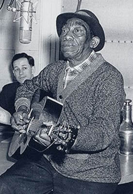 "Mississippi John Hurt – ""Nobody's Dirty Business"""